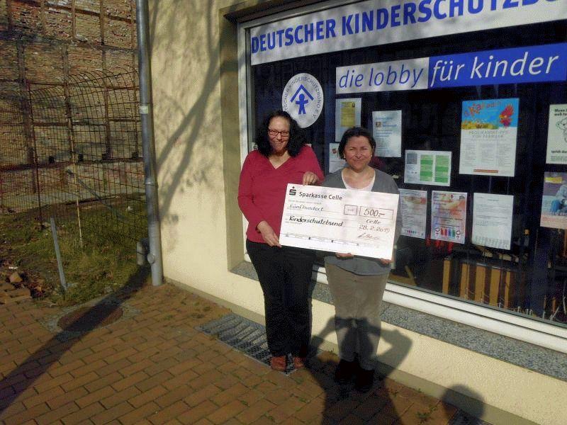 Spendenübergabe an den Kinderschutzbund Celle