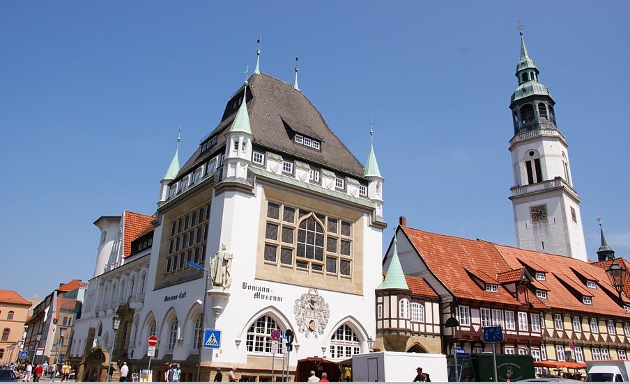 Im Bomann-Museum den Märchen auf der Spur