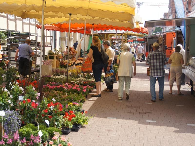 Wochenmärkte rund um die Feiertage – Blumenverkauf nicht möglich