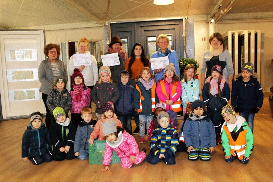 Zink überreicht 1.800 Euro für Kindergärten in Bergen