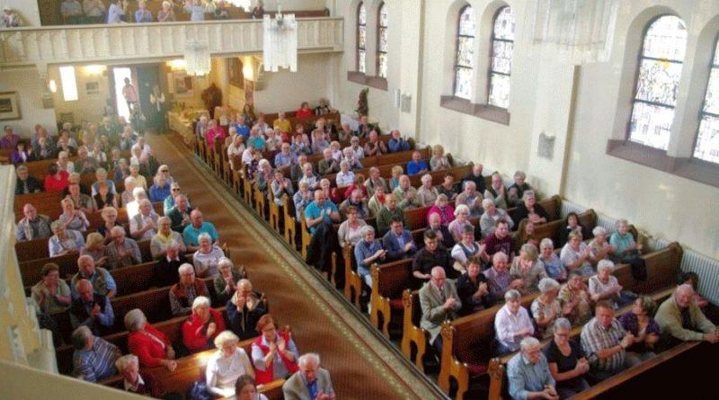 Celler Knappen überzeugen in der Garnison Kirche – Benefizkonzert bringt 700 € zum Erhalt der Kirche
