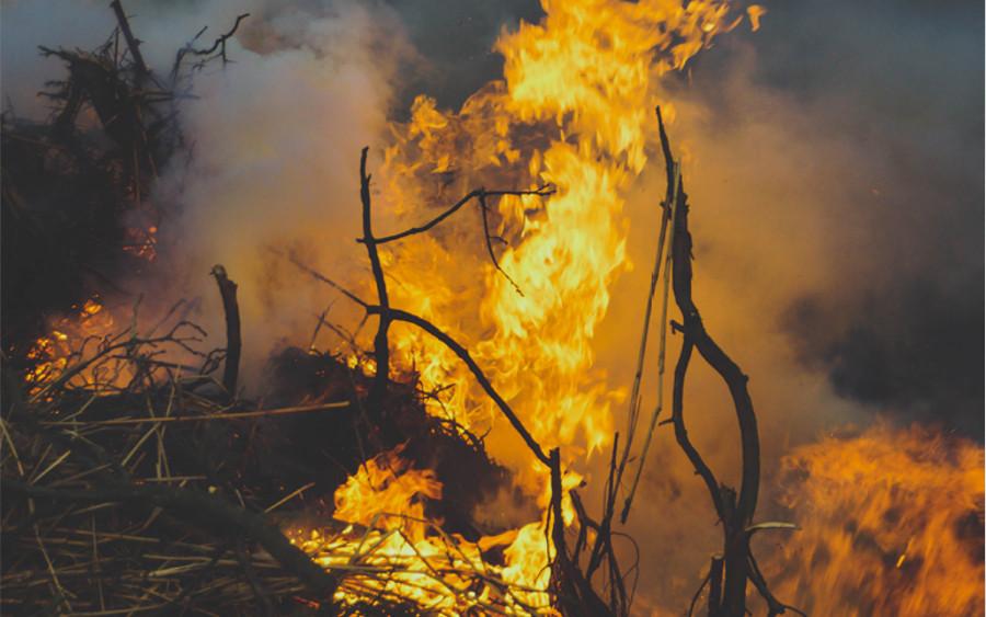 Das erste Osterfeuer im Landkreis Celle wird entfacht