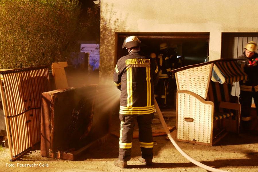 Garagenbrand in der Carstensstraße
