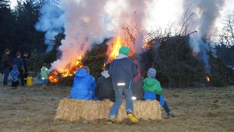 Osterfeuer Eversen – Das besondere Osterfeuer!