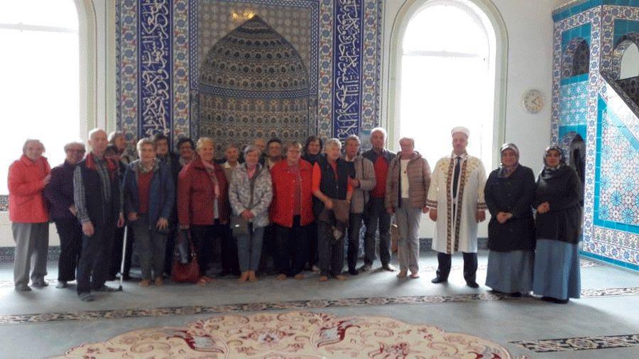 SoVD Westercelle besucht Moschee in Nienhagen