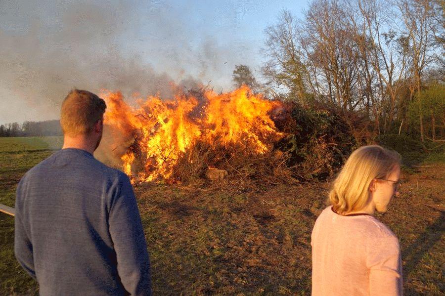 Vorreiter für Osterfeuer im Landkreis Celle