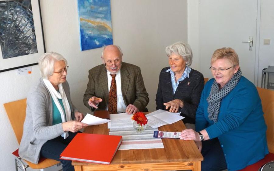 Eine schöne Gemeinschaft: Das Senioren-Erzählcafé der Bürgerstiftung