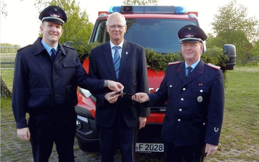 Ortsfeuerwehr Metzingen erhält neues TSF-W