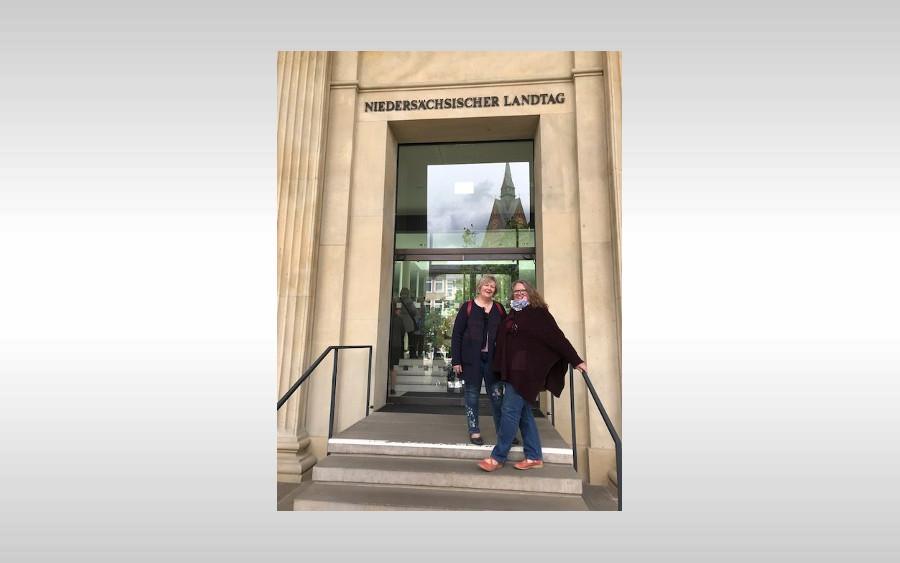 Schuhaktion vor dem niedersächsischem Landtag