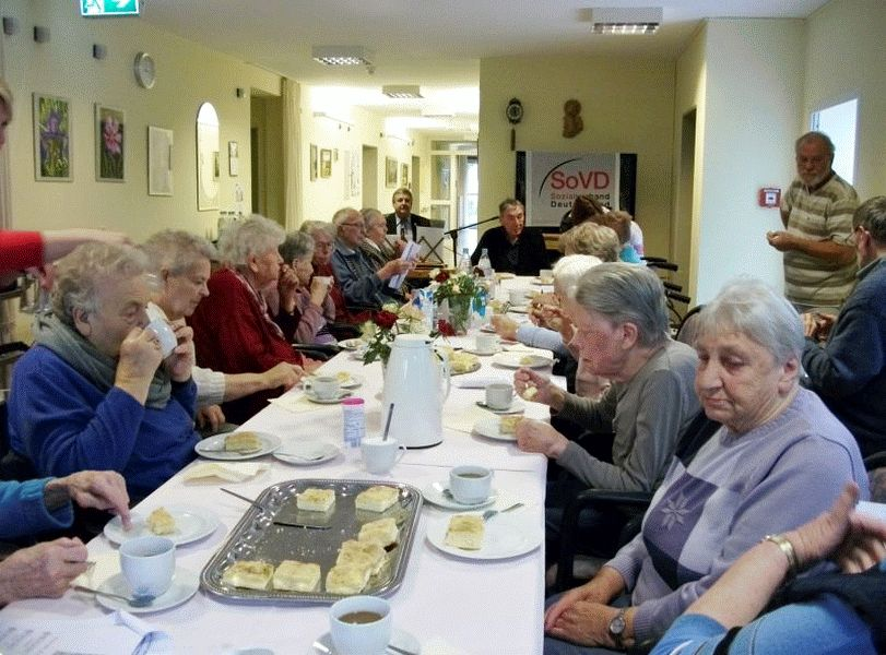 SoVD-Ortsverband Wietzenbruch  musiziert im Altenpflegeheim