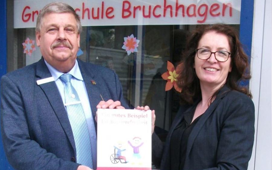 """SoVD zeichnet Grundschule Bruchhagen in Westercelle aus: """"Ein gutes Beispiel für Barrierefreiheit"""""""