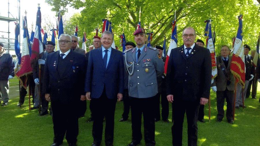 """Traditionskameradschaft Ahnsbeck in der Normandie – """"Versöhnung über den Gräbern"""""""