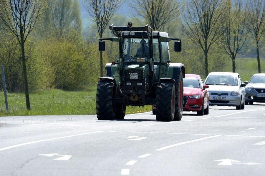 Im Straßenverkehr aufeinander Acht geben