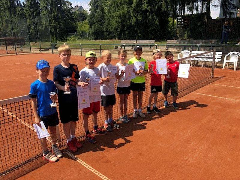 Tom Sureck vom Schneverdinger TC ist neuer Regionsmeister – Florine Lemgo vom SV Nienhagen ist Regionsmeisterin