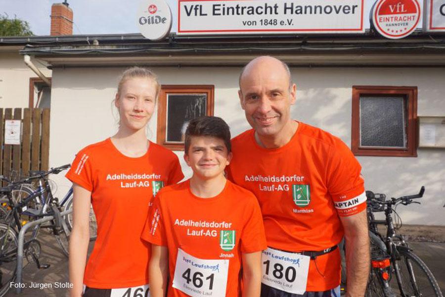 Adelheidsdorfer Lauf-AG läuft beim Eilenriede-Straßenlauf über 10 Kilometer mit