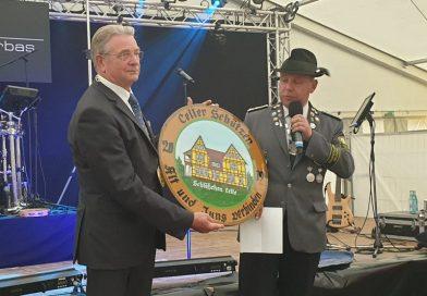 """""""O'zapft is"""": Celler Schützenfest offiziell eröffnet"""