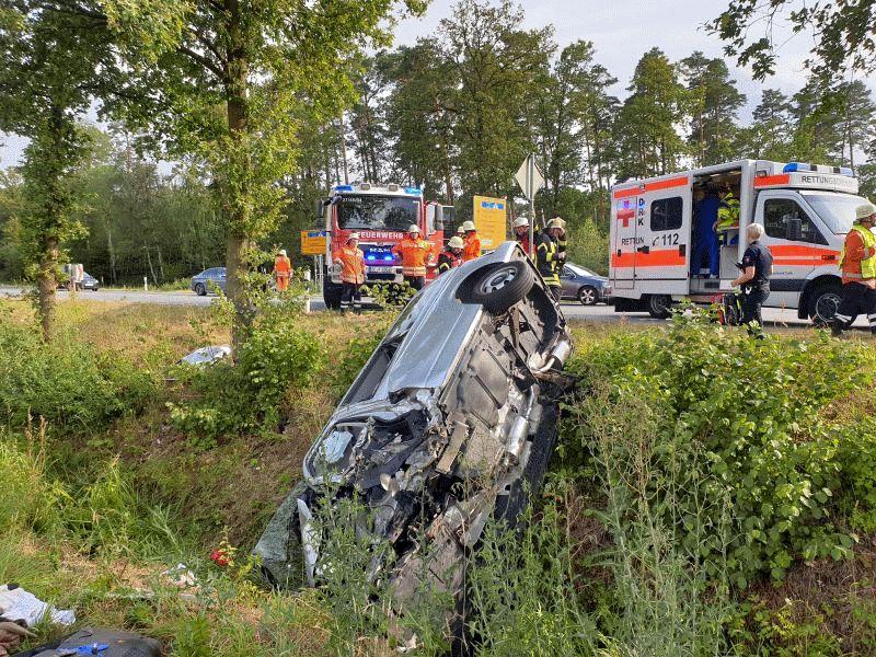 Schwerer Verkehrsunfall mit zwei Schwerverletzten