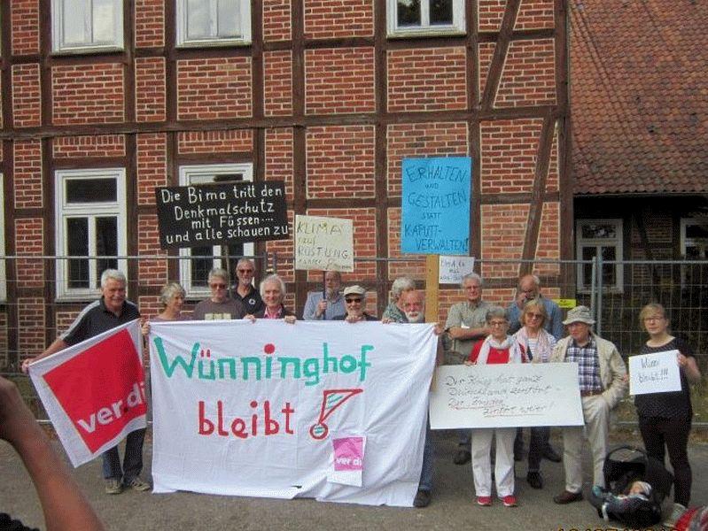 ver.di-Landebezirk gegen staatlichen Abriss des Wünninghof  am Truppenübungsplatz Bergen