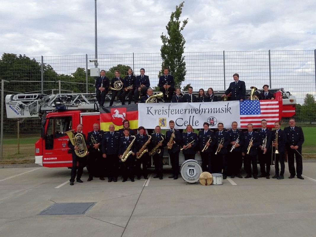 Finale Probenphase  des Kreisfeuerwehrmusikzuges Celle – Feuerwehrmusikerinnen und -musiker aus dem Landkreis Celle fliegen nach Amerika