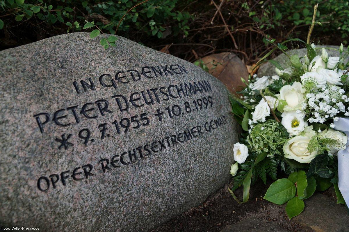 Gegen das Vergessen – Gedenken an Peter Deutschmann am 10. August 2020 vor der Kirche in Eschede