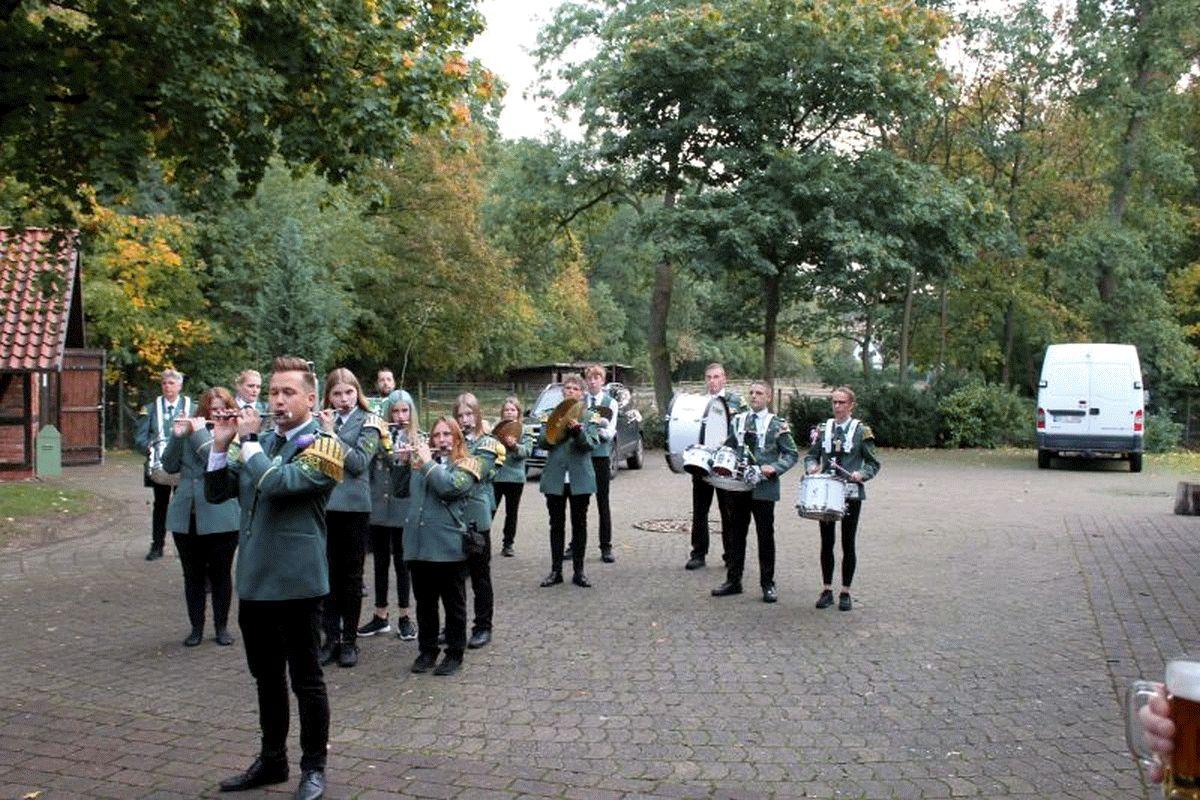 60 Jahre Spielmannszug Klein Hehlen – Stimmungsvolle Jubiläums-Party mit geladenen Gästen