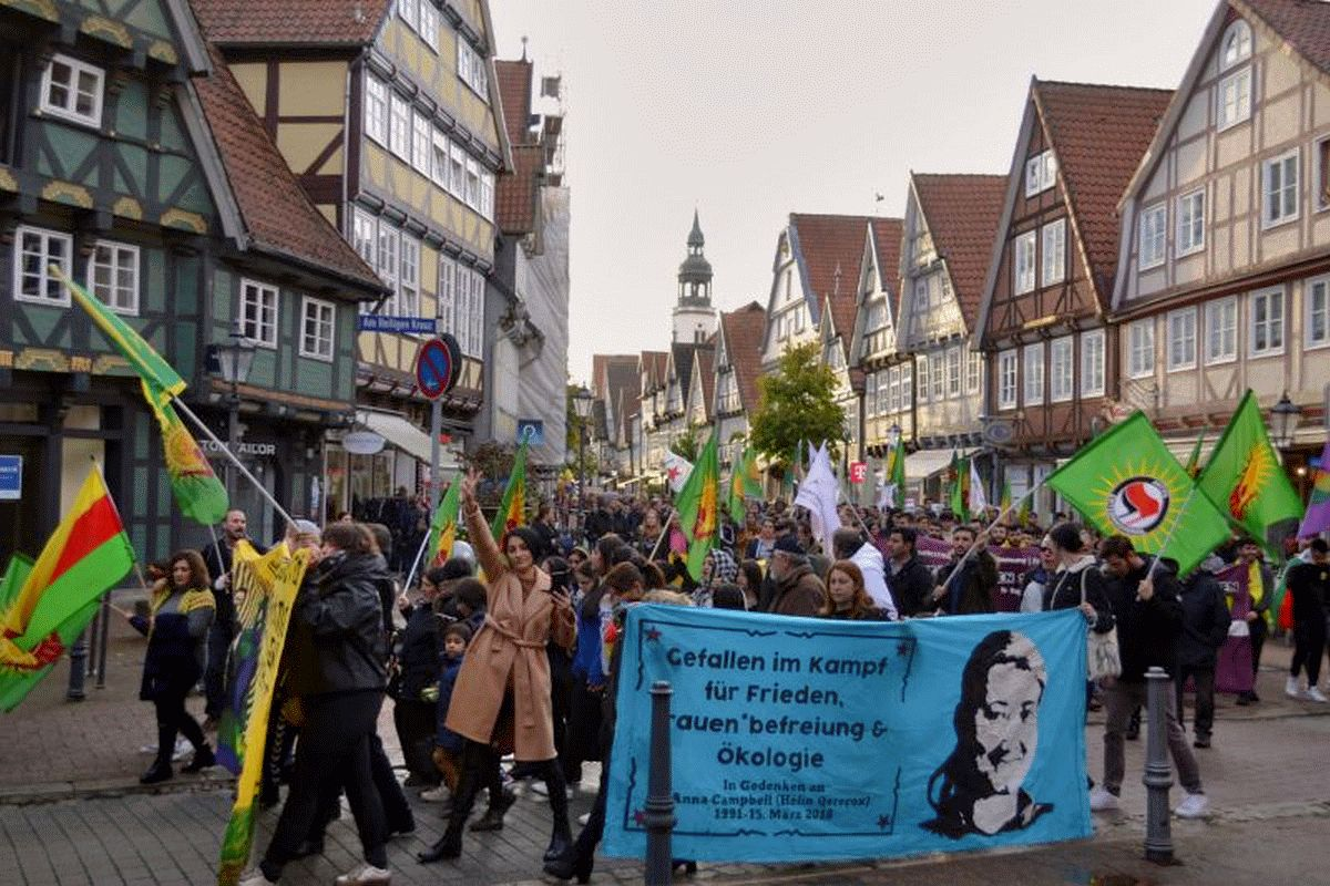 Demo gegen die Angriffe auf Nord- und Ostsyrien in Celle