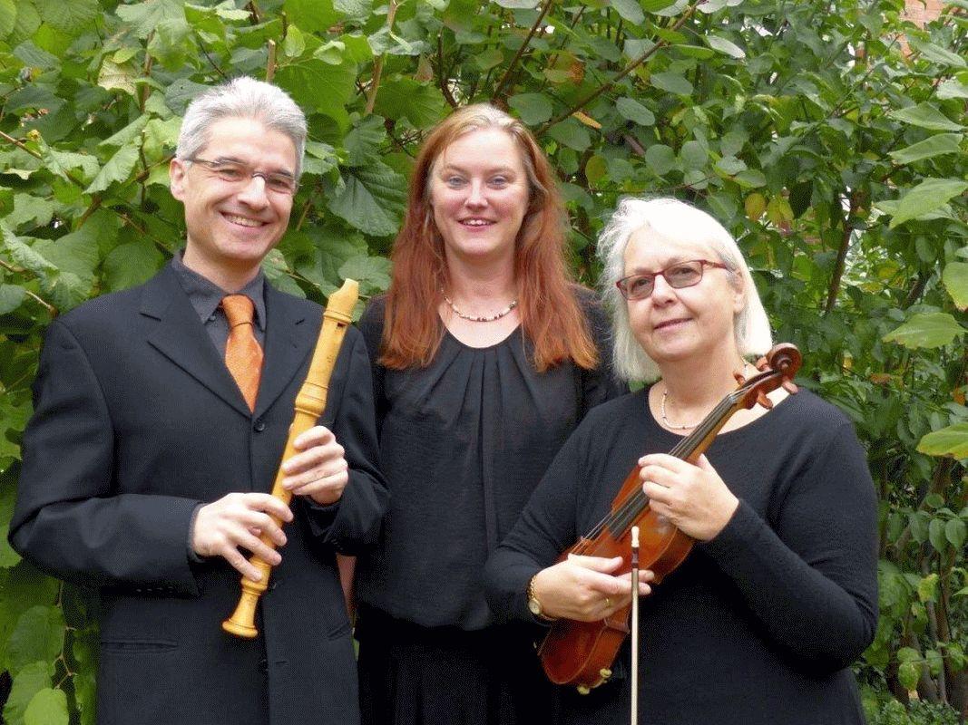 Evangelische Stiftung Klein Hehlen: Benefizkonzert in der Klein Hehlener Bonifatiuskirche mit dem Trio a-Celle-rando