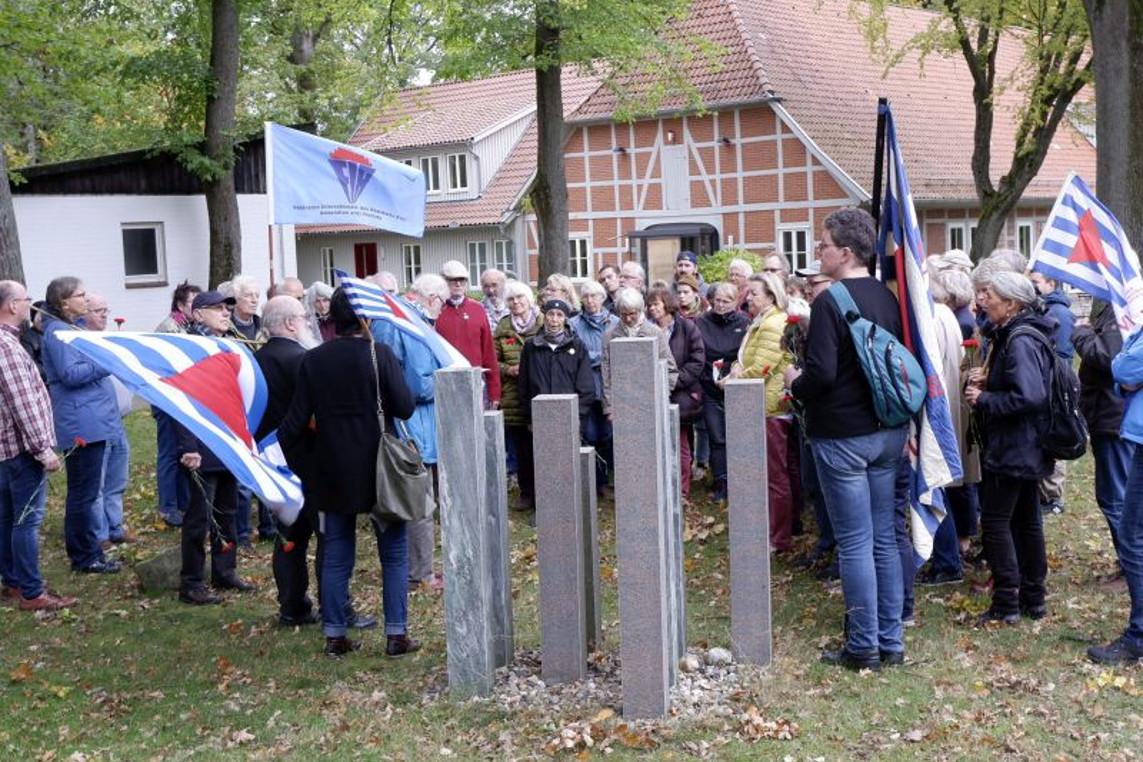Gedenken in Hustedt und wegweisende Beschlüsse der Vereinigung der Verfolgten des Naziregimes