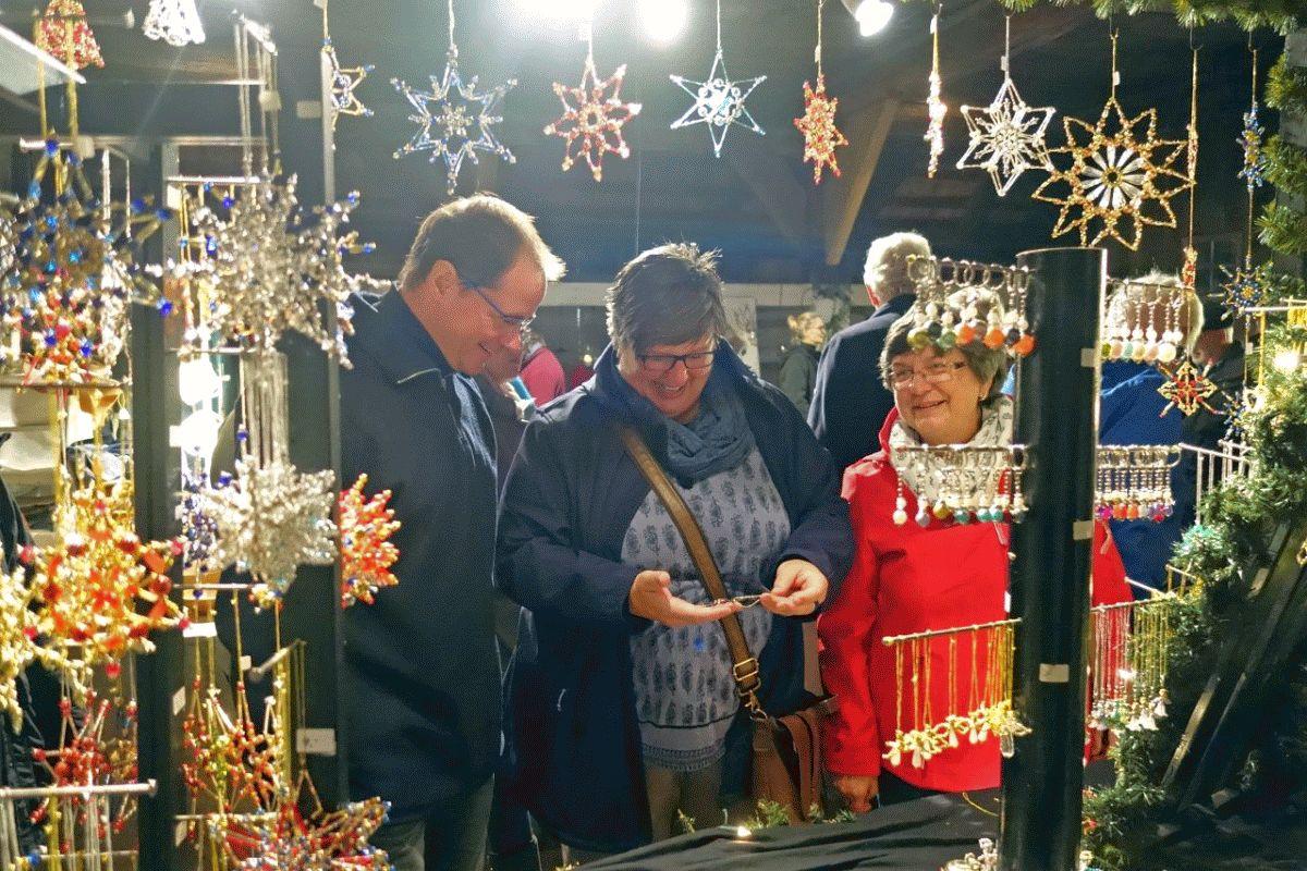 Kunsthandwerk, Theater und Puppenbühne: Vorweihnachtlicher Kunsthandwerkermarkt im Museumsdorf Hösseringen