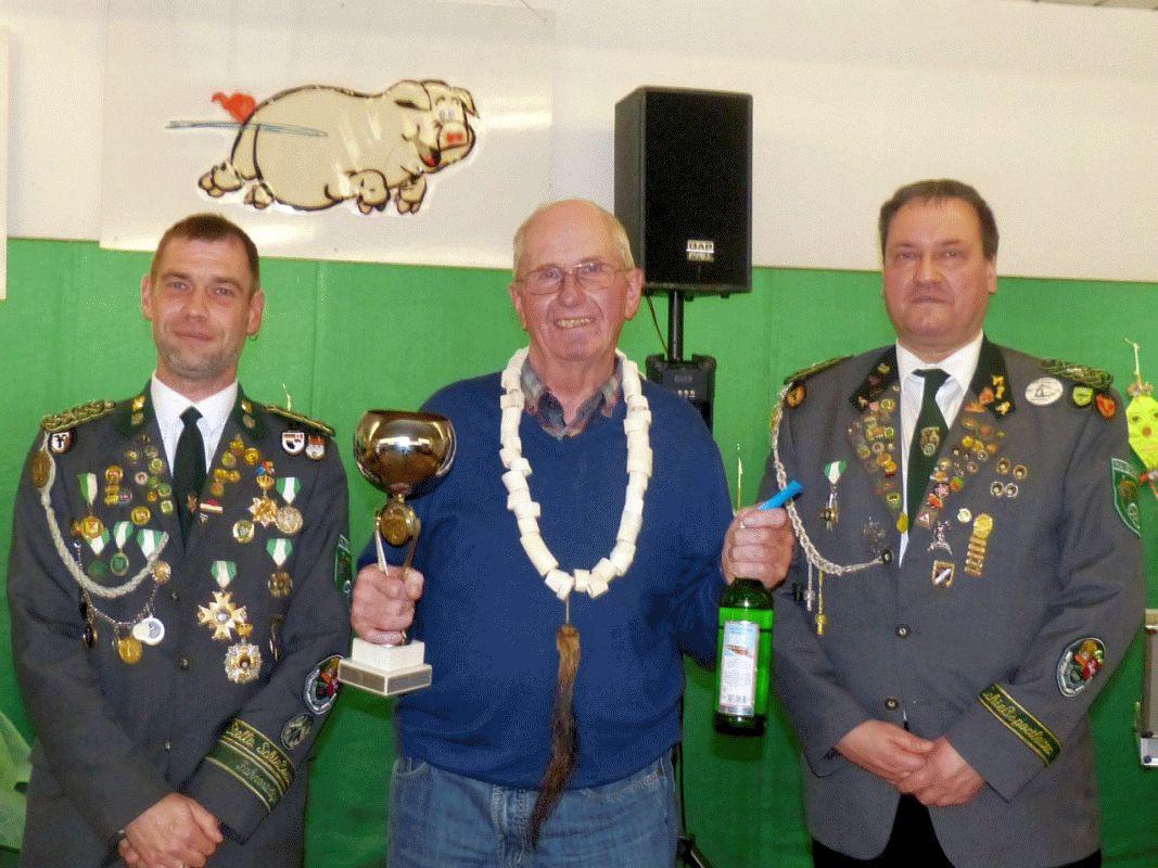 Ralf Klünker triumphiert zum zweiten Mal beim Hambührener Schweinepreisschießen