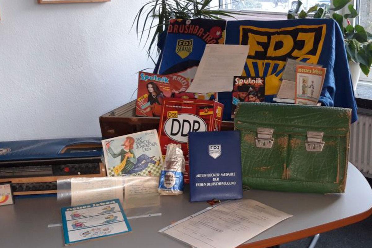 """Das Hölty-Gymnasium lädt ein: """"Sich erinnern, Courage zeigen – Der Hölty-Projekttag zum 9. November"""""""