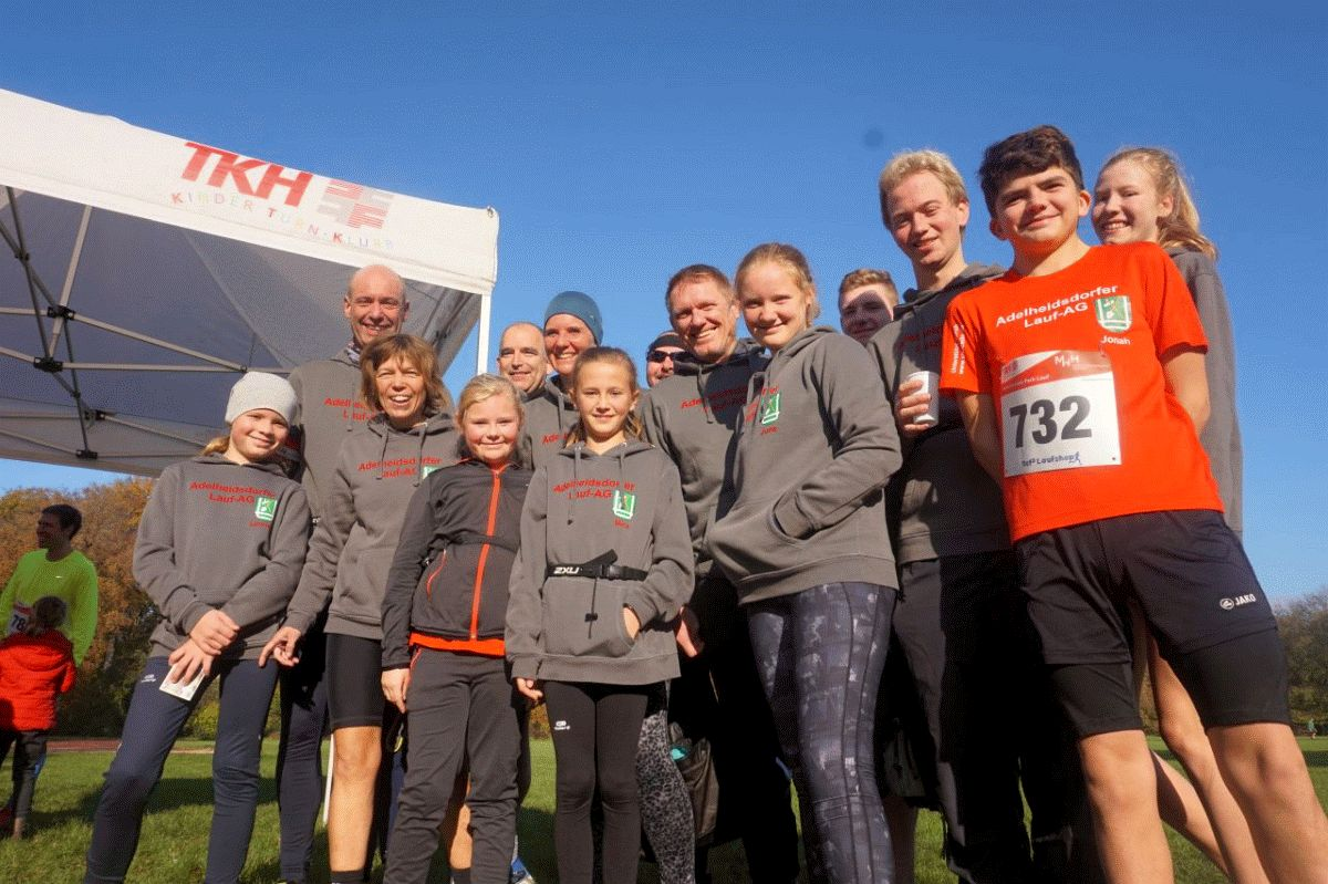 Die Adelheidsdorfer Lauf-AG erzielt Spitzen-Zeiten beim Hermann-Löns-Park-Lauf
