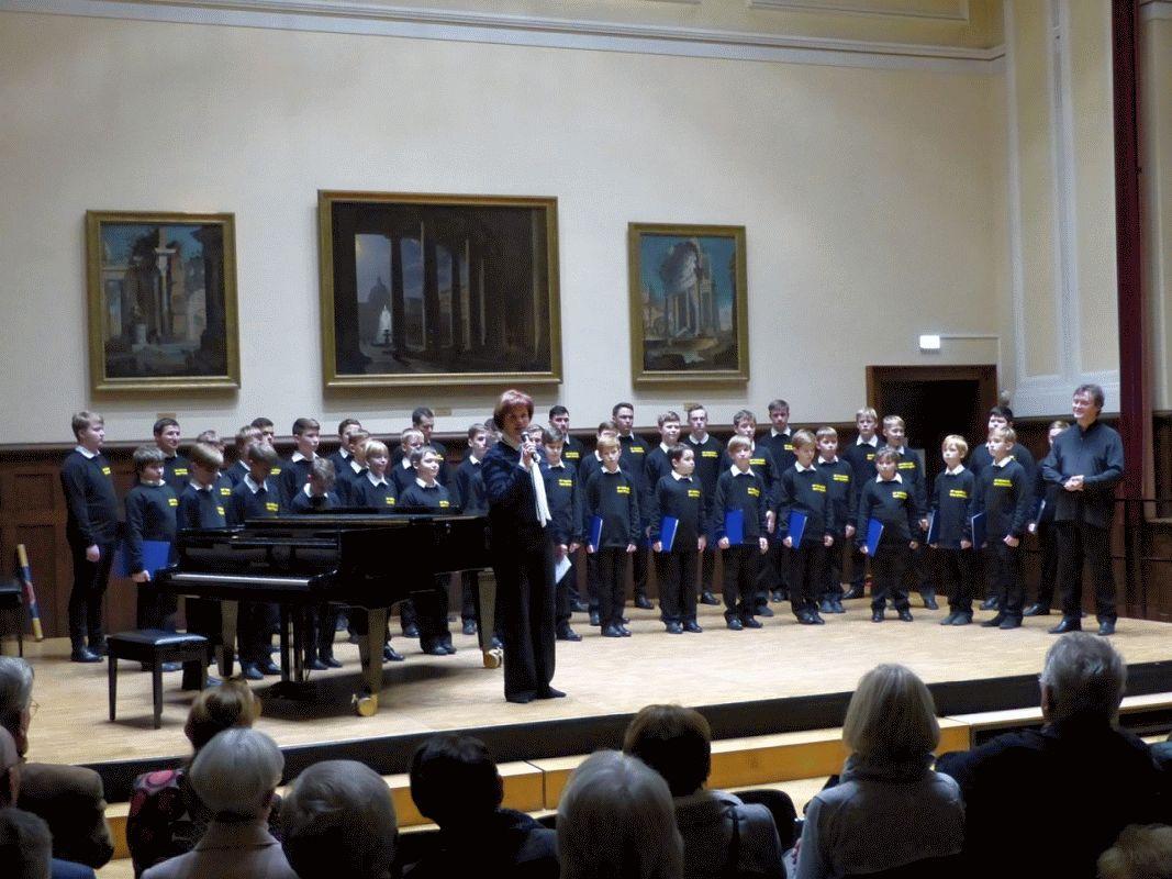 Knabenchor aus St. Petersburg gibt Konzert in der St. Ludwig Kirche