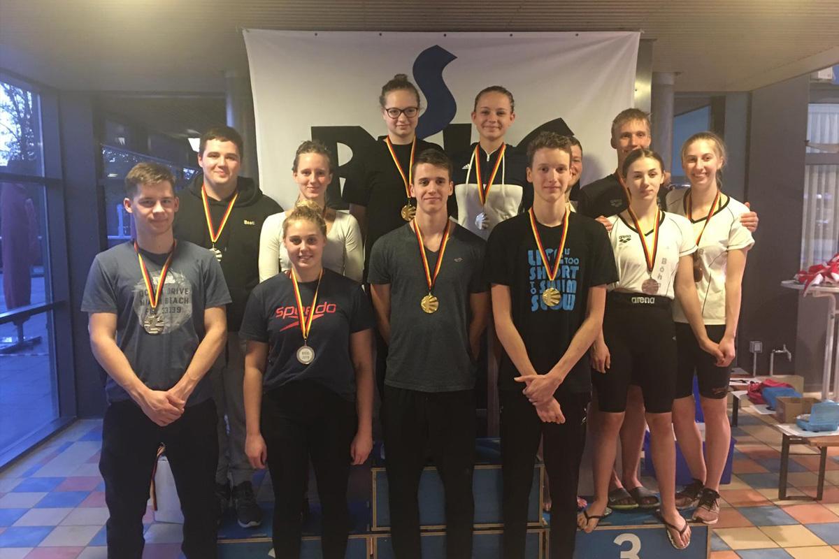 Medaillenregen für die Schwimmer aus Celle