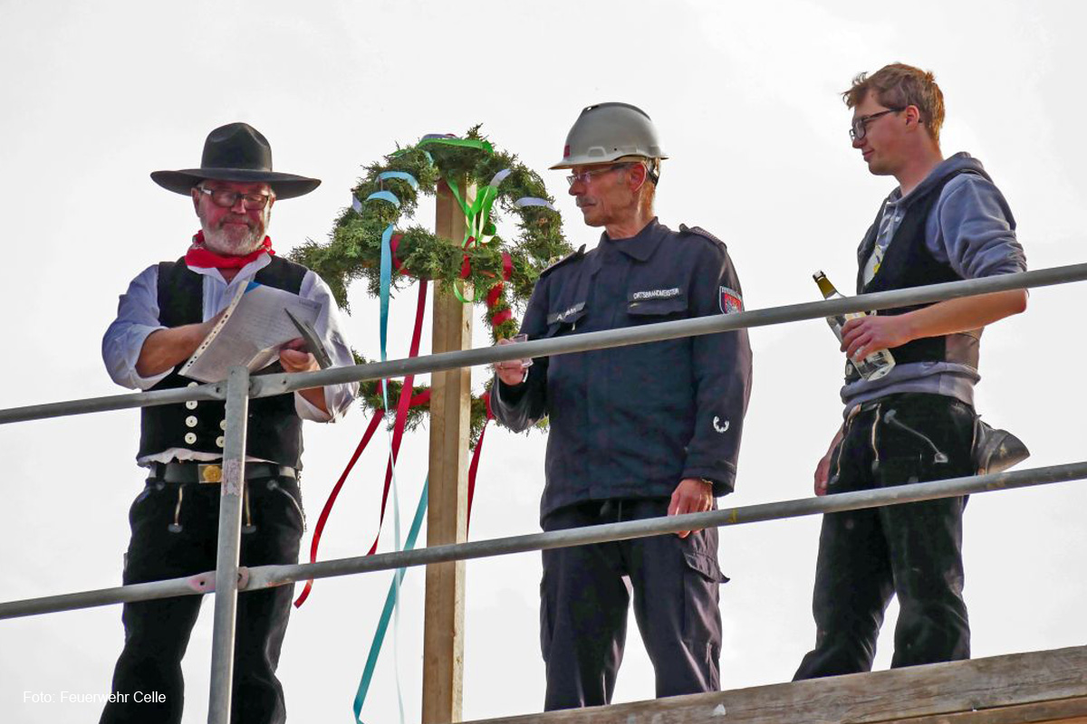 Richtfest bei der Freiwilligen Feuerwehr Scheuen