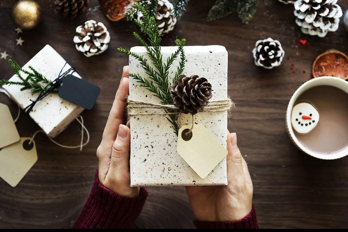 Weihnachtspakete ins Gefängnis schicken