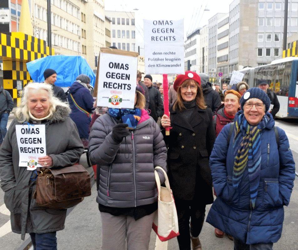 """""""OMAS GEGEN RECHTS"""" zu Gast beim Stammtisch Integration"""