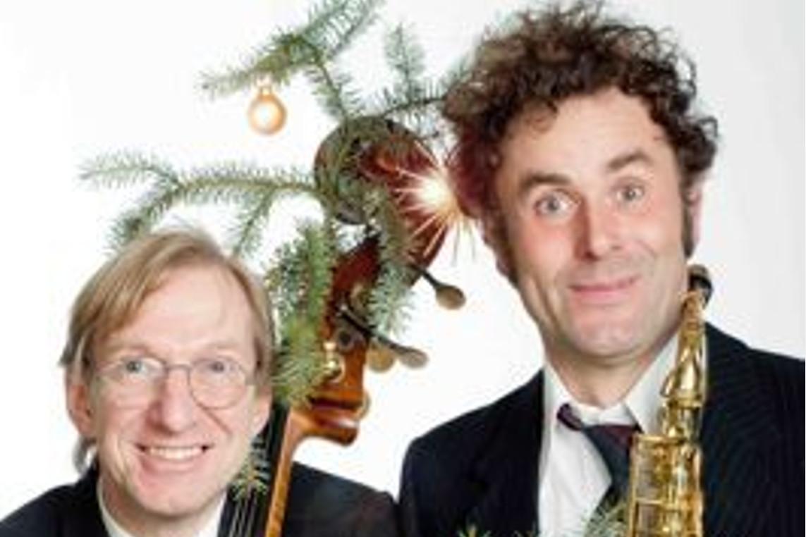 Die Experten präsentieren deutsche Weihnachtslieder – endlich neu! –  Zwei erfahrene Musiker widmen sich den alten Weisen