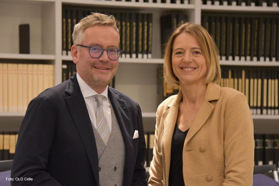 Folgen der Thomas-Cook-Pleite: Experte für Reiserecht erklärt Hintergründe