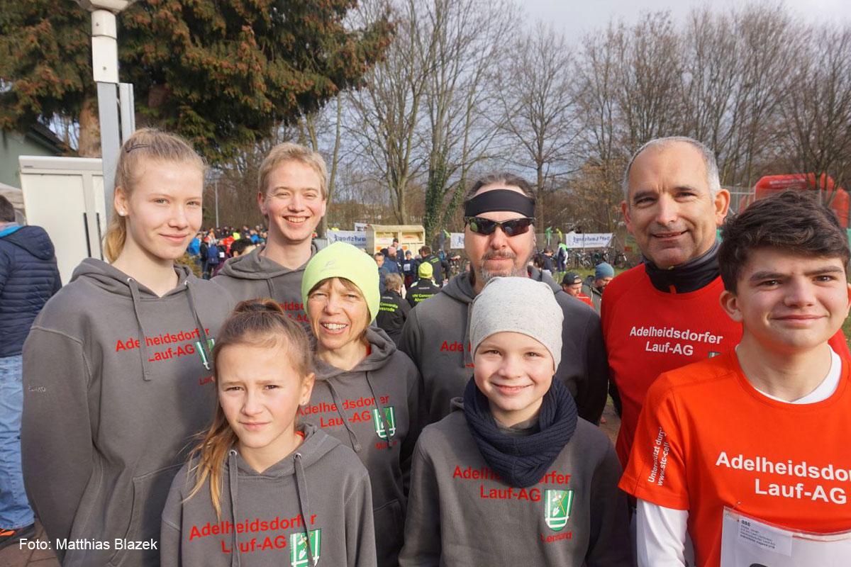 Lara-Malin Blazek wird Zweite unter den Frauen beim Winterlauf durch den Georgengarten