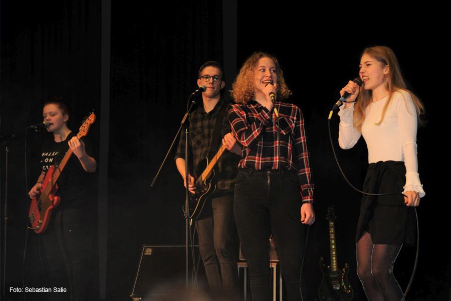 Winter-Rock statt Schal und Mütze – Konzert am CGH vor den Zeugnissen