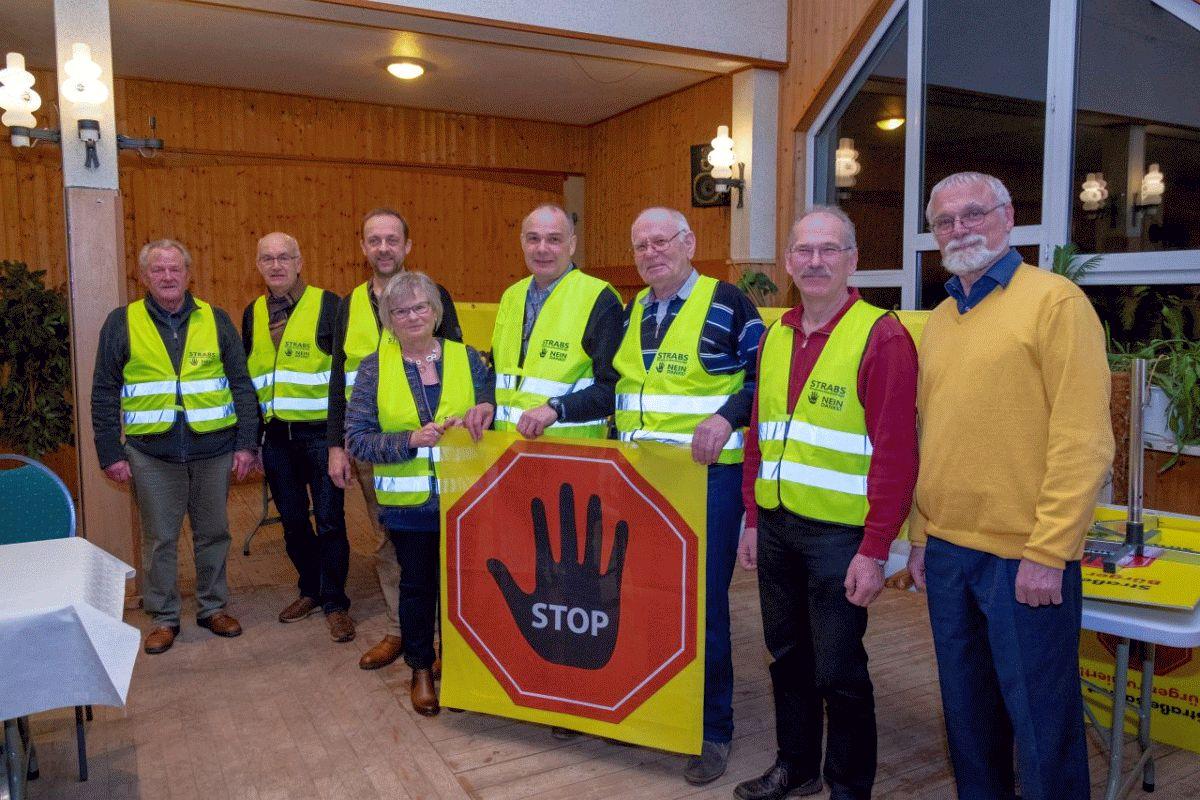 """BI Celle Anti Strabs lud zum Thema """" Straßenausbaubeitragskosten"""" ein"""