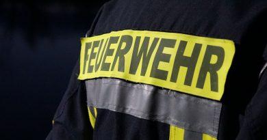 Wohnwagen gerät in Brand – Dauercamper verletzt sich schwer