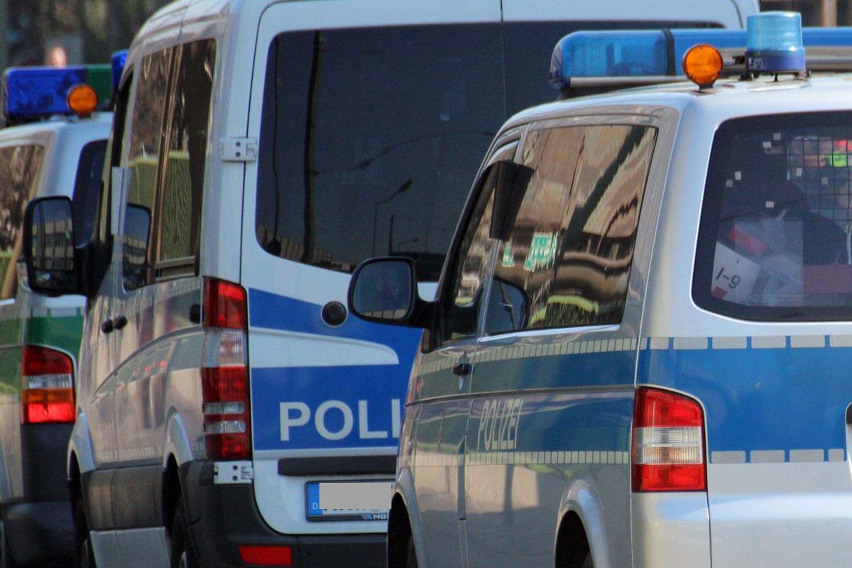 Detektiv hält flüchtenden Ladendieb in Drogerie auf