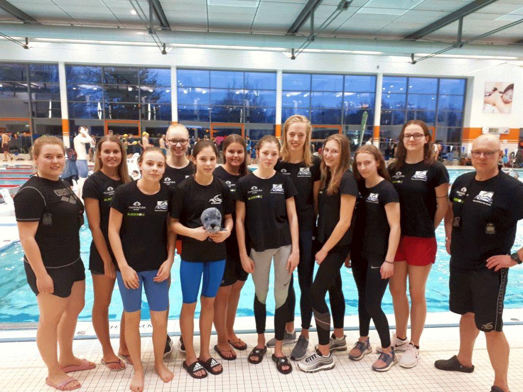 Schwimmen: Herren- und Damenmannschaft des Celler Schwimm-Club und Damen des SV Nienhagen schaffen Klassenerhalt