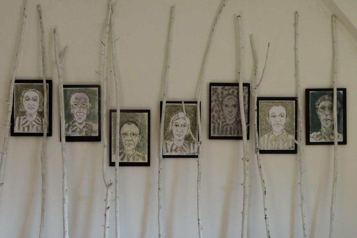 Ungesühnt. – Verschwiegen. – Ein Heimatbild. – Eine Installation von Peter Barth – Ausstellung in der Celler Synagoge, Im Kreise 24, 29221 Celle