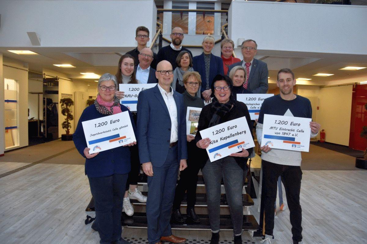 Volksbank Celle unterstützt gemeinnützige Initiativen mit 6.000 Euro