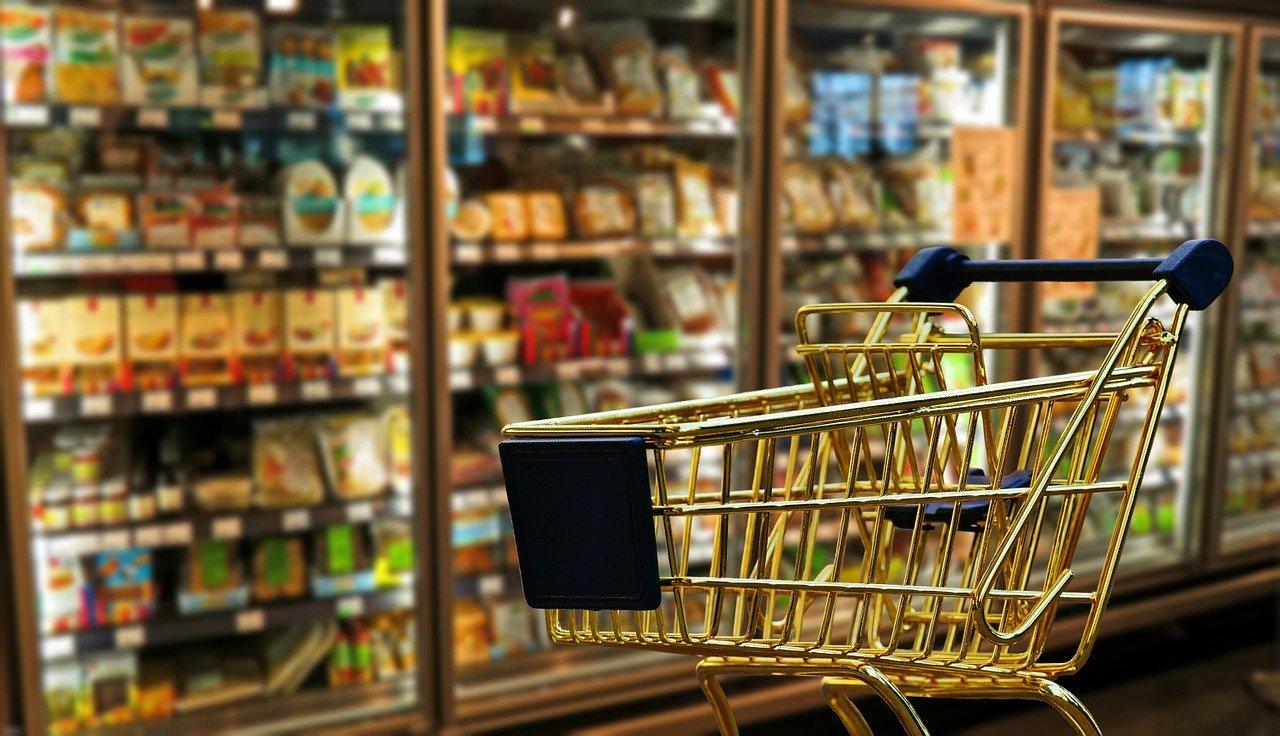 Einkaufsservice in Zeiten von Corona – Häusliche Quarantäne oder eingeschränkt? DRK-Ehrenamtliche kaufen ein