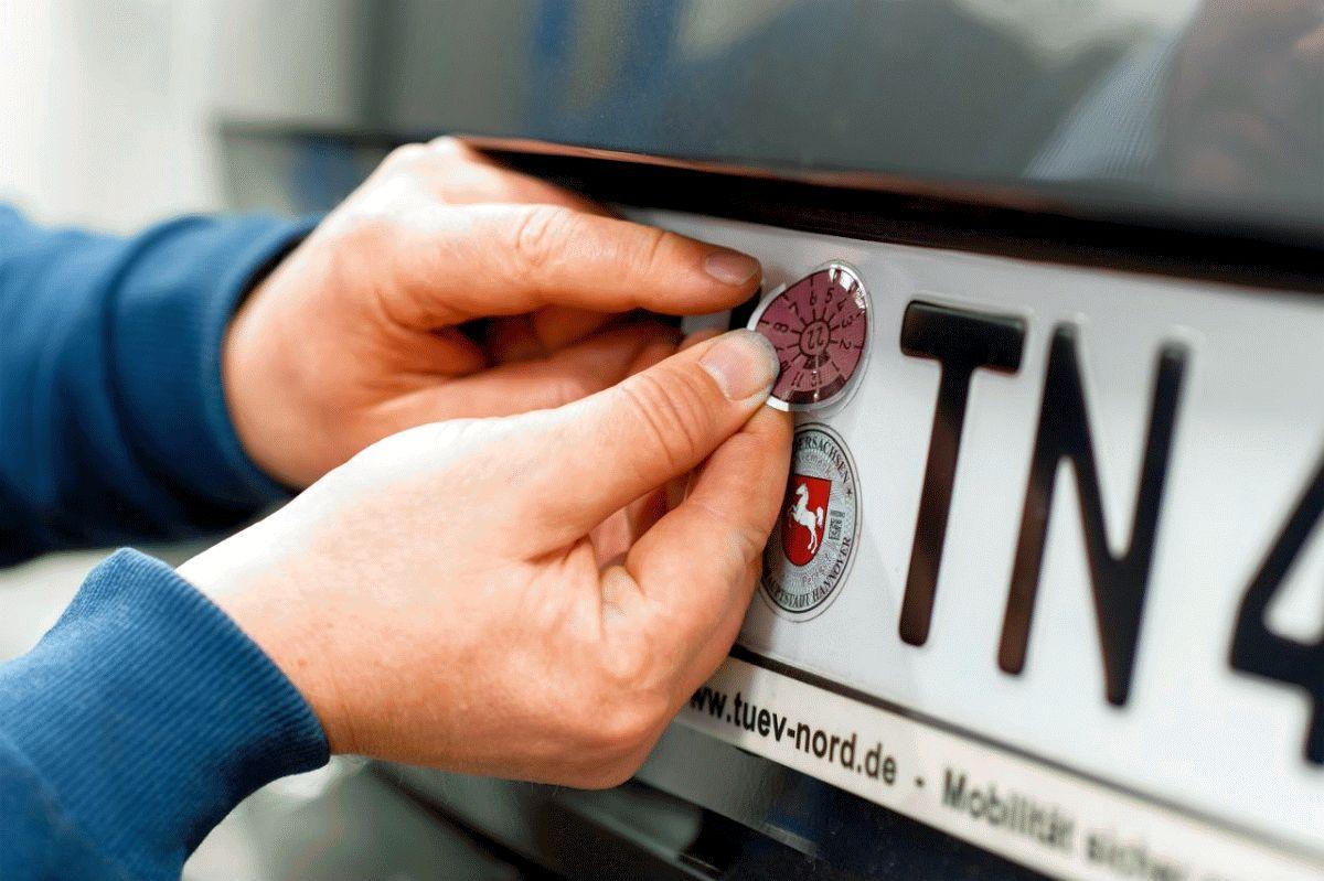 TÜV NORD bleibt für Fahrzeuguntersuchungen geöffnet