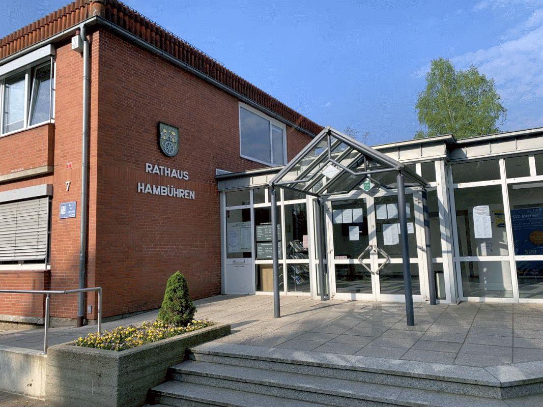 Das Hambührener Rathaus und die Gemeindebücherei öffnen wieder